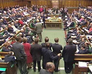Suriye kararı İngiltere'de kabineyi sarstı