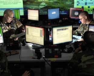 ABD ve İngiltere internet şifrelerinin peşinde