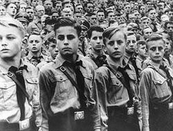 Kaldırılan 'Andımız' Hitler ve Mussolini uygulamasıydı