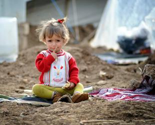 Suriye'de bulaşıcı çocuk felci başladı