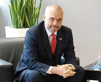 Arnavutluk, 'kimyasal imha' iddiasını yalanladı