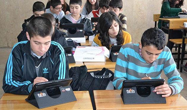 Öğrencilere 732 bin tablet dağıtıldı
