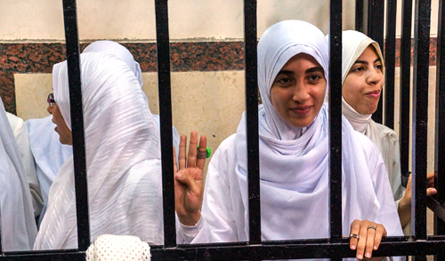 Mısırlı 14 genç kızın temyiz duruşması başladı