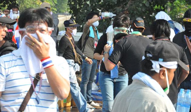 Tayland'da gösterilerin bilançosu artıyor