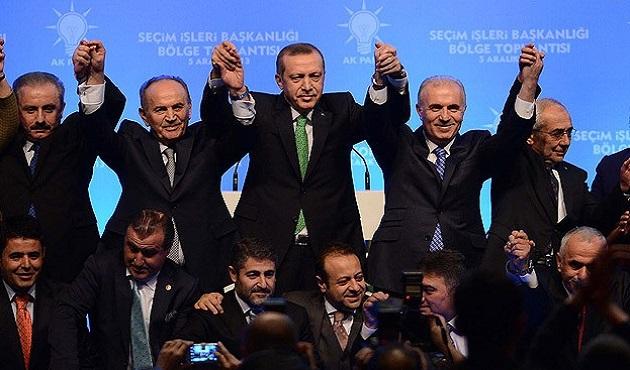 Ak Parti'nin İstanbul adayı yeniden Kadir Topbaş