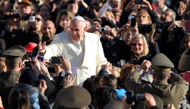 Papa'dan tecavüzlere sıfır tolerans