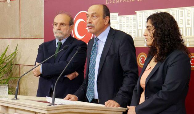 Urla'da saldırıya uğrayan HDP, ilçeden ayrıldı