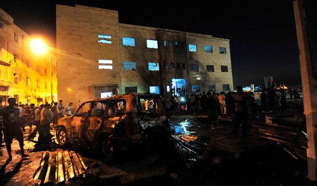 Bingazi'deki şiddet olaylarında beş asker öldü