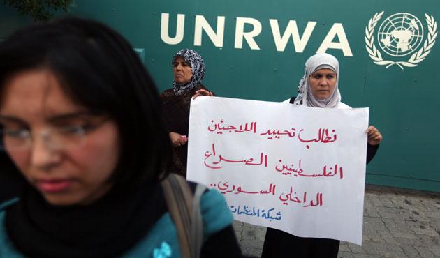 Filistinli mülteciler yeni öğretim yılına başlayabilecek