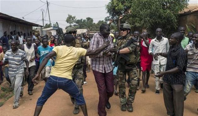 Orta Afrika'da 'terör örgütü' tartışması