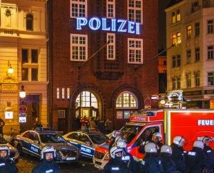 Hamburg Belediye Başkanı 'OHAL'e devam' diyor