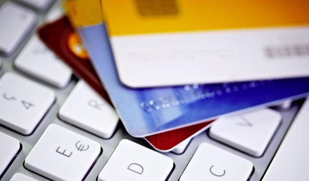 Tüketimde kartlı ödemelerin payı giderek azalıyor
