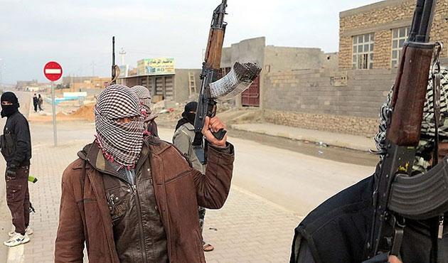 IŞİD'in iki komutanı çatışmada öldü
