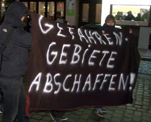 Hamburg olaylarını polis çarpıtıyor