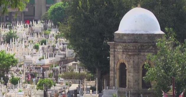Abdülhak Hamit'in Makber'i kayıp