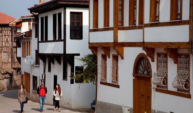 Bilecik'teki tarihi evler restore edildi