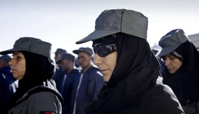Afganistan'da ilk kadın emniyet müdürü