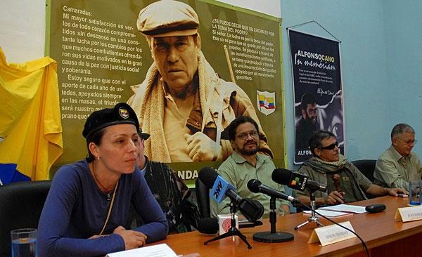 Kolombiya FARC'la ateşkese hazırlanıyor