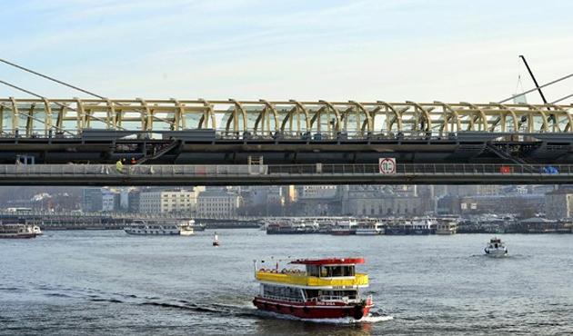 Haliç Metro Köprüsü testleri başarıyla geçti