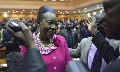 Orta Afrika'nın yeni lideri resmen görevde