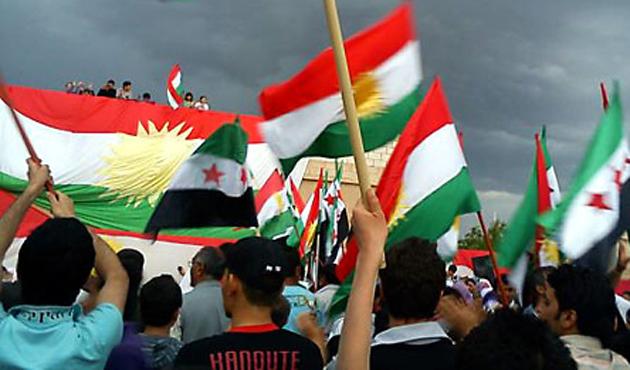 PYD Kobani'de de özerklik ilan etti