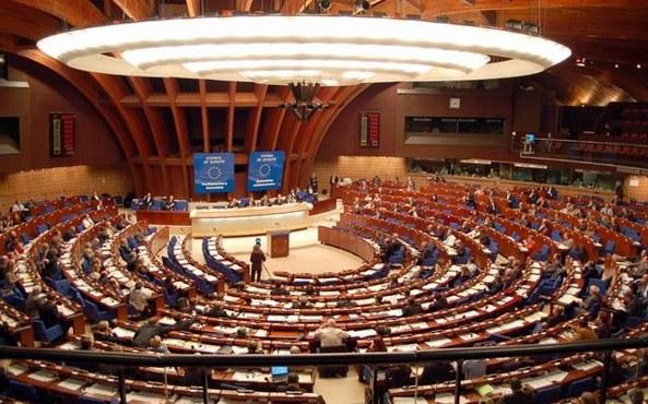 AB, İsviçre'deki referandum kararına üzüldü