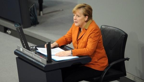 Merkel, 'küfürle' ilgili konuştu