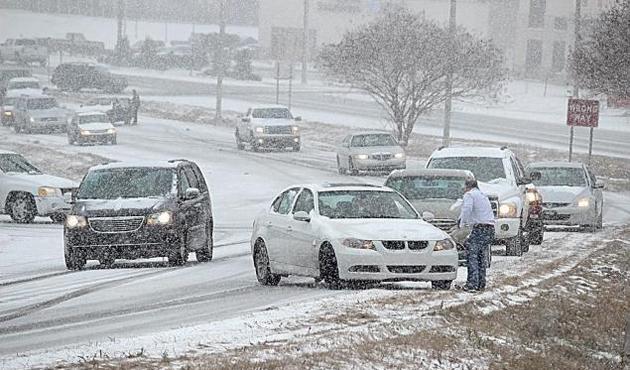 ABD'de kar fırtınası: En az 6 kişi öldü