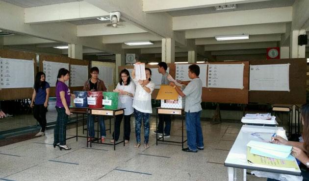 Tayland'da senato seçimleri yapılıyor