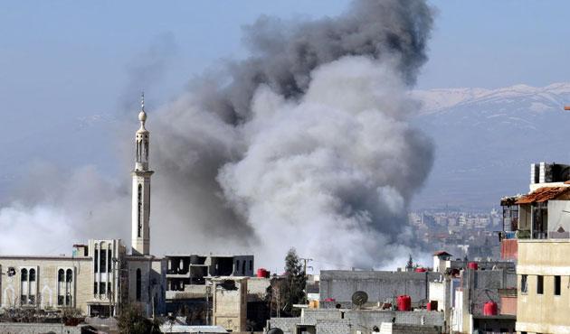 Halep ve Şam'a yine varil bombalı saldırı