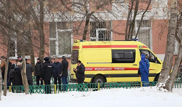 Moskova'da kanlı okul baskını!