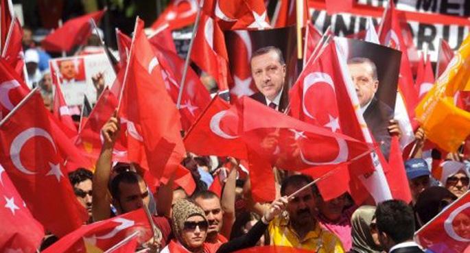Alman basını: 'Erdoğan seçim için geliyor'