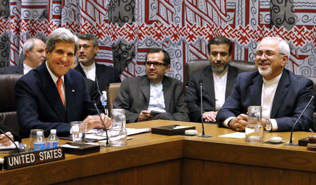 Kerry ile Zarif Cenevre'de  görüşüyor