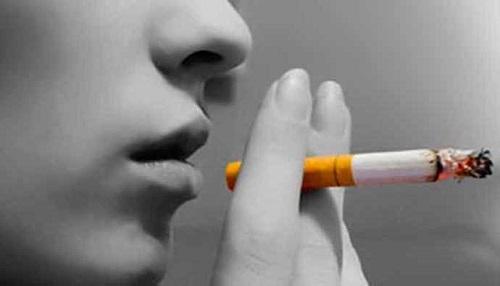 Sigara menopoz yaşını değiştiriyor