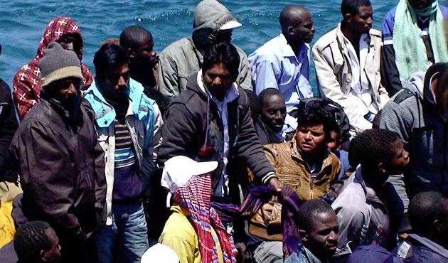 Ege Denizi'nde 4 günde 74 kaçak kurtarıldı