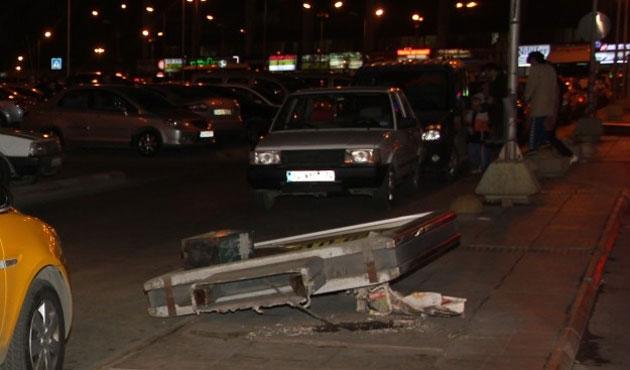 Taksiciler Esenler Otogarı'nı kapattı