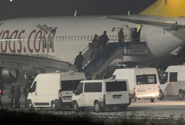 Emniyetten 'uçak kaçırma girişimi' açıklaması