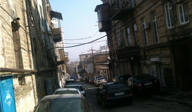 Bakü'de yıkım gerginliği