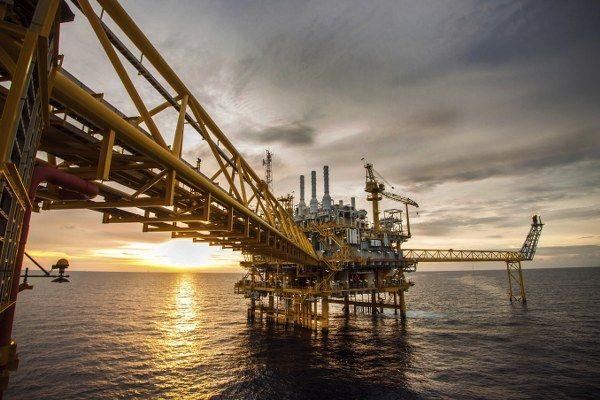 İran Avrupa'ya doğalgaz satmaya hazır
