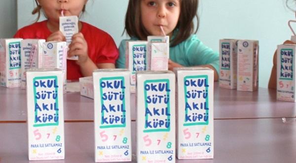 Okul sütü 12 öğrenciyi hastanelik etti
