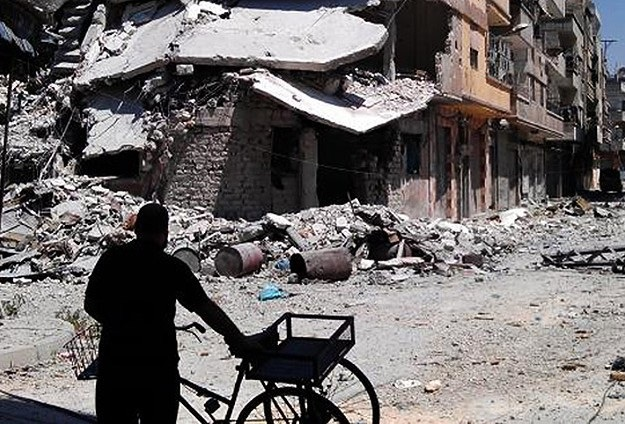 Silahlı gruplar Yermuk'tan çekildi