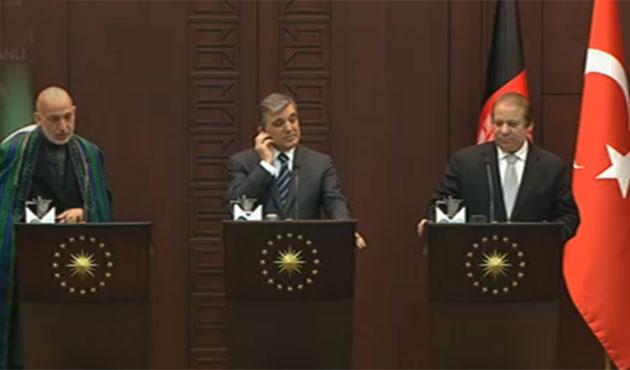 Gül'den internet açıklaması: Bir iki sıkıntılı konu var!