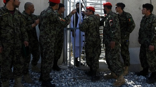 ABD'den Afgan tutukluların serbest bırakılmasına tepki