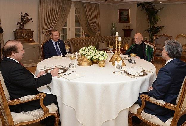 Karzai ve Şerif Çankaya Köşkü'nde...