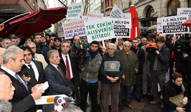 Kuyumcular, kartlı  taksit yasağını protesto etti