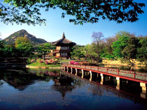 Gülen insanların memleketi Kore