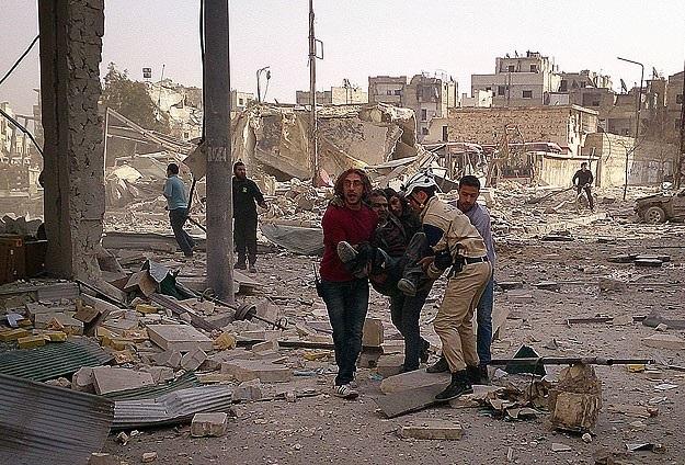 Esad yine 'varil bombasıyla' saldırdı: 12 ölü