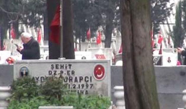 Edirnekapı Şehitliği'nde silahlı şahıs paniği
