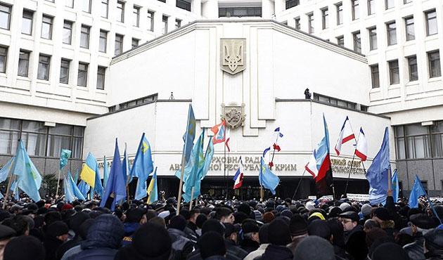 Kırım diken üstünde, Rus ordusu alarmda!