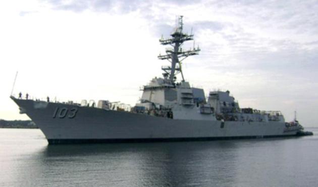 ABD savaş gemisi Boğazlar'a doğru ilerliyor